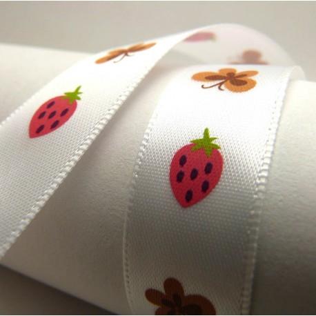Ruban satin papillons & fraises